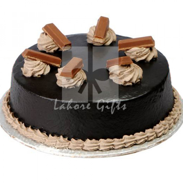 2lbs Chocolate Kitkat Cake from Baba Bakers