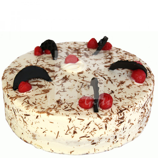 2lbs Black Forest Cake from Kitchen Cuisine