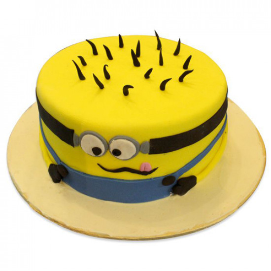 6Lbs Minion Cake from Kitchen Cuisine