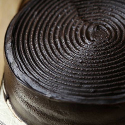 1.5lbs Chocolate Fudge Cake from Masoom Bakers
