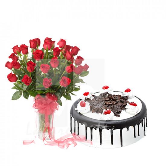 2Lbs Luxury Avari Hotel Cake and Roses